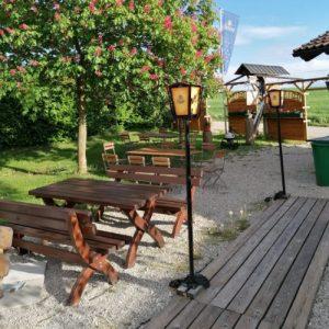 Gastgarten-im-Sommer-2-1x1